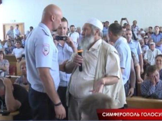 Очередная силовая акция против неугодных крымским властям активистов