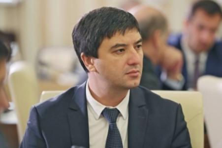 Новый глава Госкомнаца Крыма Ленур Абдураманов