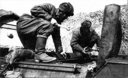 Ильяс Бариев ремонтировал танки на поле боя