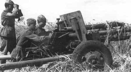 Ибрагим Мустафаев командовал орудием батареи
