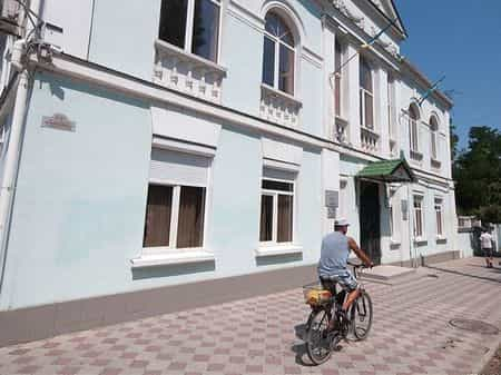 Уже заждались: парадоксы жизни в Крыму