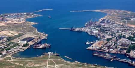 В Севастопольской бухте всплыл газопровод