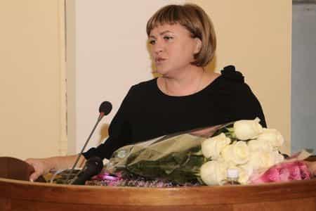 Мэром Ялты вновь избрана Елена