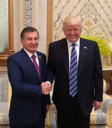 Трамп пригласил Мирзиёева в Америку