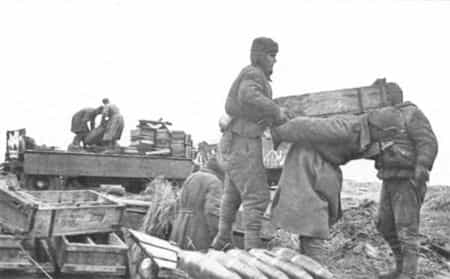 Ибрагим Джанбазов выгружал боеприпасы