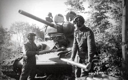 Мамед Темиркая доставлял боеприпасы танкистам
