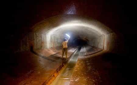 Россия в тоннеле?