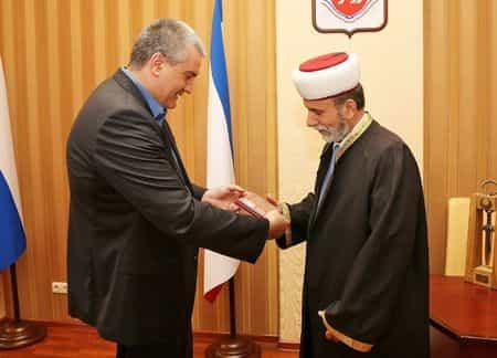 Об интеграции мусульман Крыма в исламское сообщество России