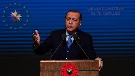 Турция положит конец играм возле своих границ