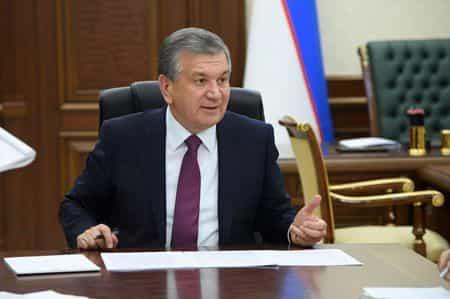 Шавкат Мирзиёев становится лидером нации