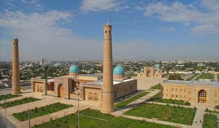 Над Ташкентом вновь зазвучал эзан