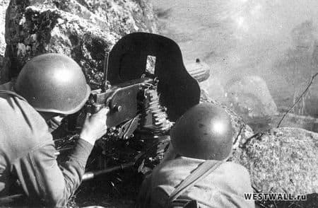Осман Абликаримов уничтожал оккупантов из пулемета