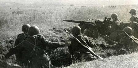 Осман Ахаев в бою уничтожил три танка