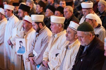 В Крыму прошел «курултай» чалмоносцев