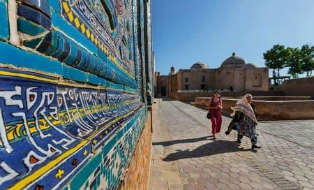 Шавкат разрешил фотографировать Узбекистан