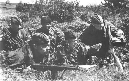Энвер Фазилов водил бойцов в разведку