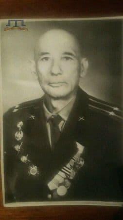 Амет Исмаилов был начальником политотдела истребительной бригады