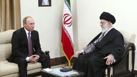 Иран полностью отказался отдоллара