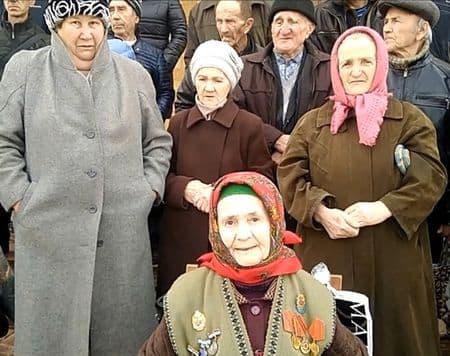 У кого отнимают землю крымские власти