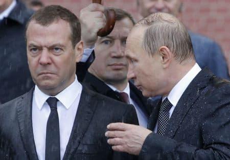 Зачем Путин начал мочить либералов