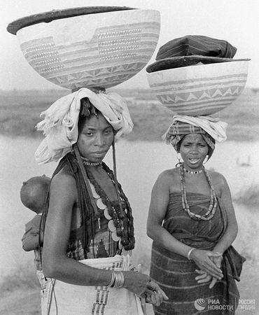 Женщины африканского племени фулани