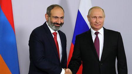 Армянская трагикомедия только начинается