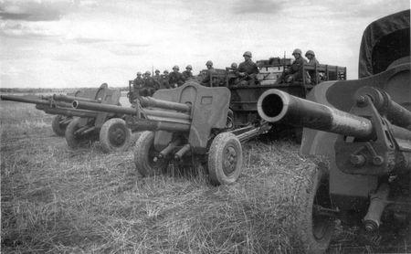 Сулейман Минометов в срок доставлял боеприпасы на огневые позиции