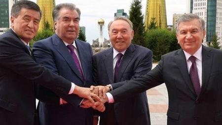 Президенты стран Центральной Азии прибыли на торжества в Астану
