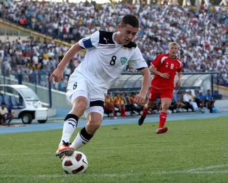 Сервер Джепаров будет играть в Казахстане