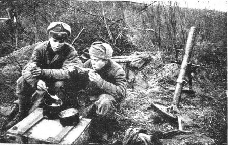 Сулейман Абилов кормил бойцов на огневых позициях