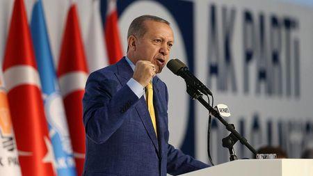 Эрдоган снова избран главой AK Parti