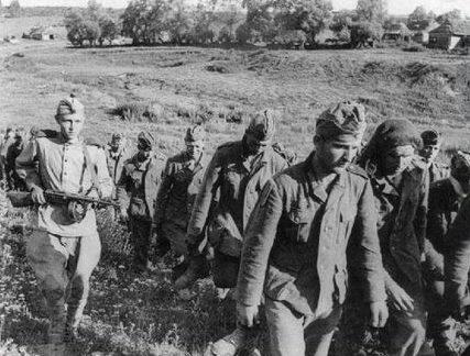 Таир Абдул-Хаиров взял в плен 19 немецких солдат