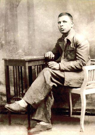 Али Асанов выполнял задания командования в срок