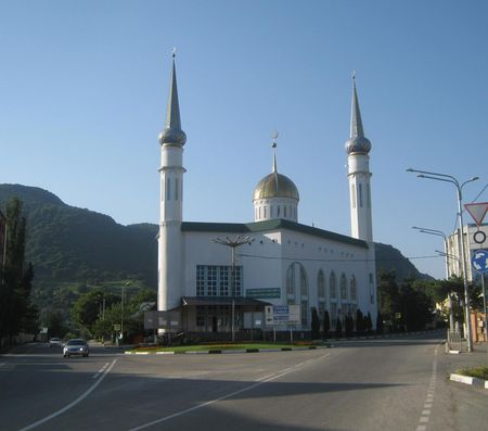 Здание мечети в северной части города