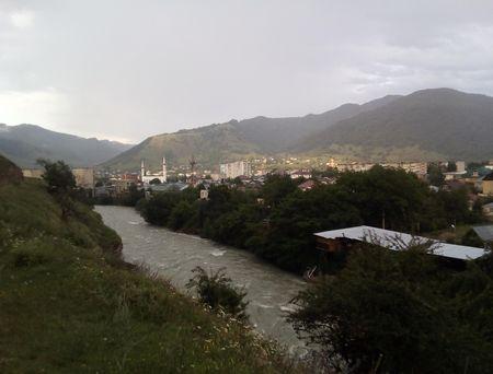 Вид города с левого берега реки Теберда