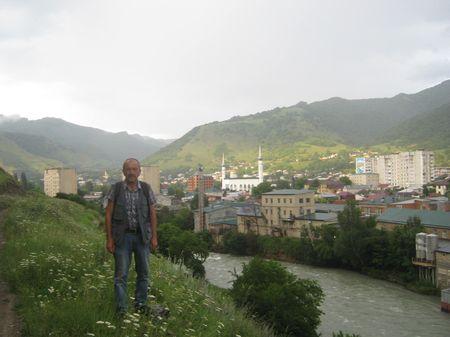 На северо-западной окраине столицы карачаевского народа