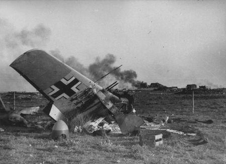 Зиядин Муратов прямым попаданием сбил самолет