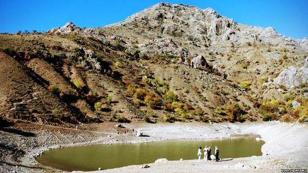 Озеро Панагия –изюминка Арпата. Озеро расположено на высоте 290 м над уровнем моря.