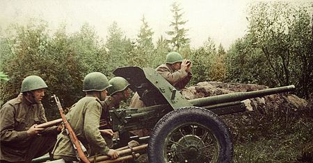 Решит Мезитов был наводчиком 45-мм пушки