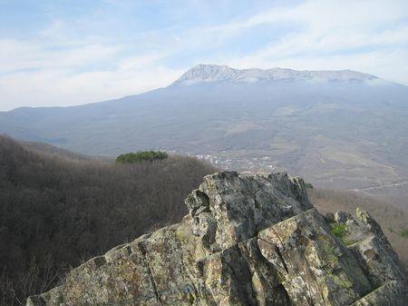 Вид Чатырдага с горы Айори