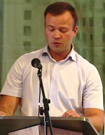 Министром строительства Крыма стал Храмов