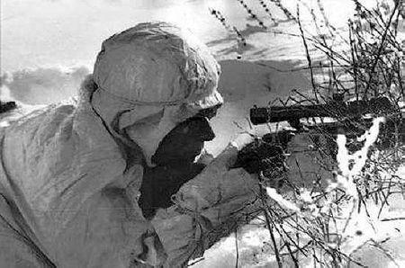 Куртумер Аджимеров уничтожил немецкого снайпера