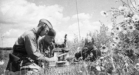 Нурий Каялиев обеспечивал командование армии связью
