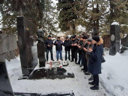 В Москве почтили память Амет-Хана Султана