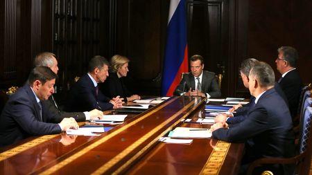 Медведев утвердил программу развития Крыма