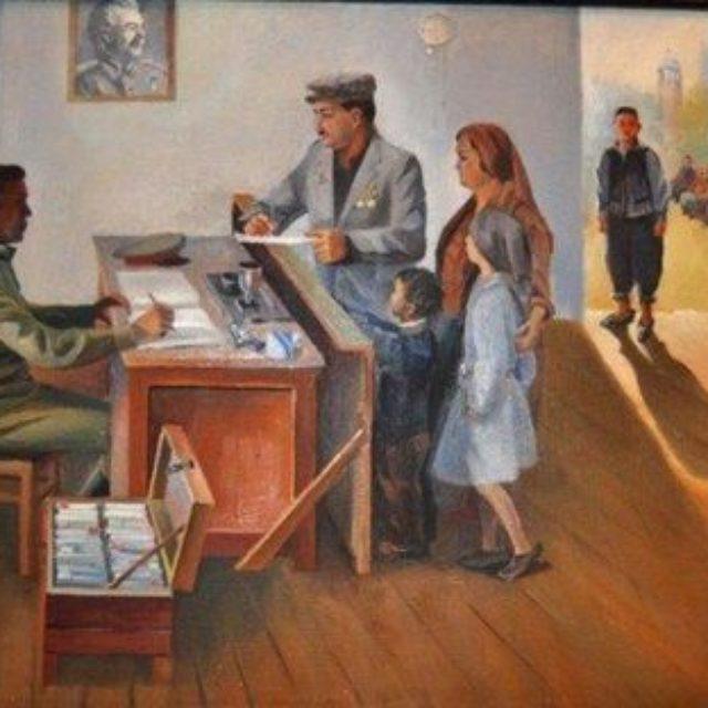 В Симферополе открылась выставка Али Бекирова «Чал къавал»