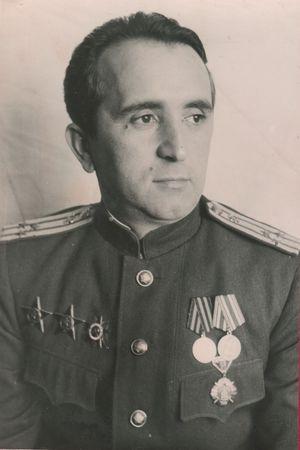 Эмир Амзаев спасал жизни раненых бойцов (2)