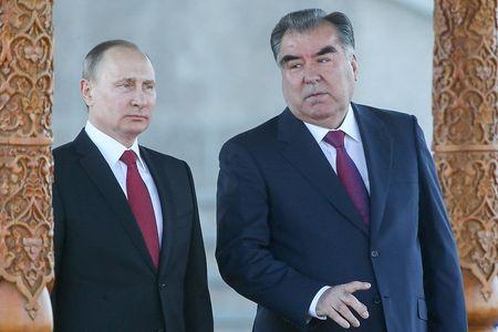 Средняя Азия между Россией и Западом