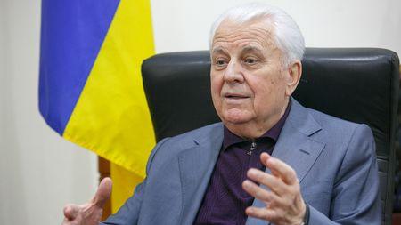 Кравчук советует снять блокаду Крыма