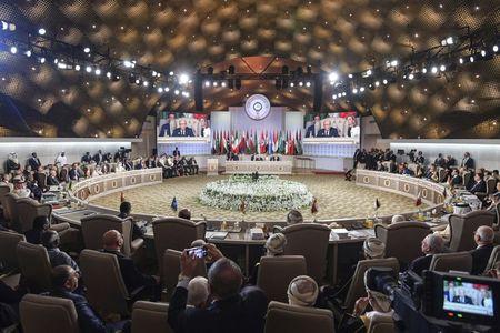Путин обратился к арабскому миру